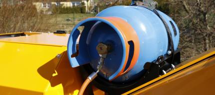 Leistungsstarker Buschholzhäcksler auf Raupenfahrgestell mit Antrieb auf Benzin und LPG. LS 160 PG Track
