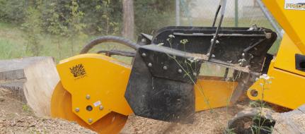 Baumstumpffräse auf Raupenfahrgestell mit Fernbedienung  P 56 RX